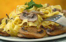 Fettuccine funghi e panna
