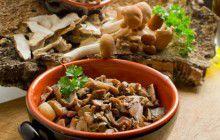 Pasta panna, funghi e castagne