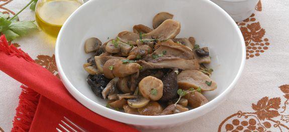 Ricetta porcini e champignon alle erbe - Come cucinare champignon ...