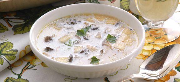 Zuppa di patate ai funghi e crescione