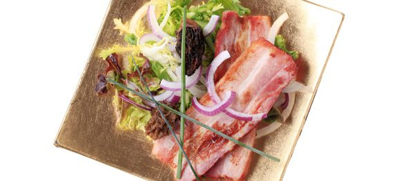 Pancetta, insalata verde e spugnole
