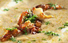 Crema di funghi con funghi fritti ed erbe aromatiche