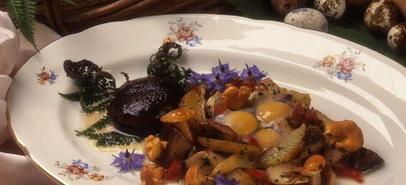 Funghi e uova di quaglia
