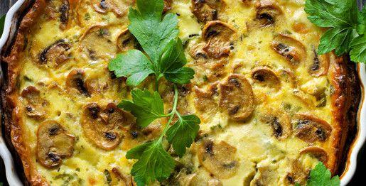 Torta salata con funghi champignon