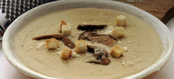 Zuppa con funghi porcini